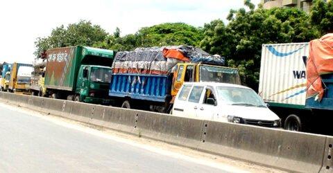 কুমিল্লা-সিলেট মহাসড়কে ৫০ কিমি যানজট